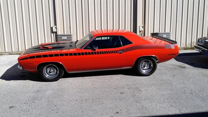 1970 Barracuda full driver side view