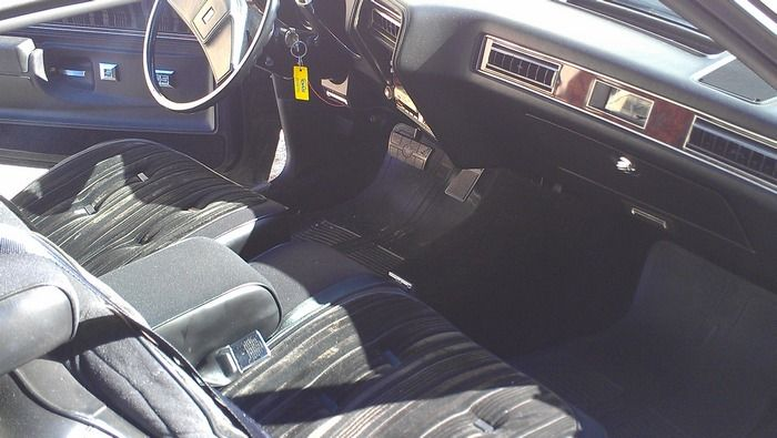 1977 Oldsmobile Cutass Supreme interior front seat and dash