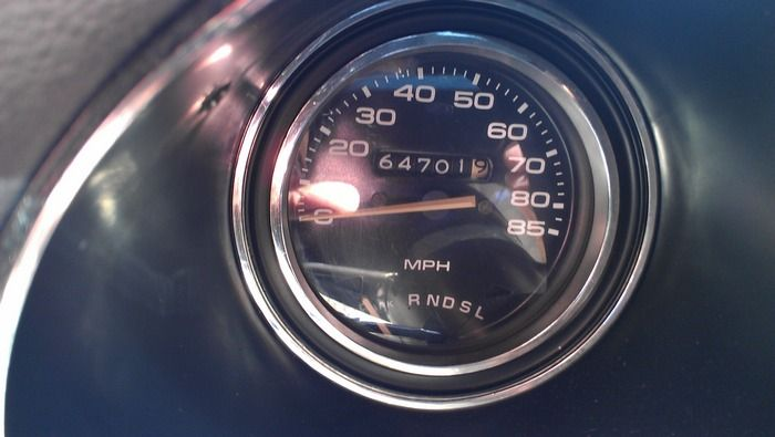 1977 Oldsmobile Cutass Supreme odometer showing actual miles