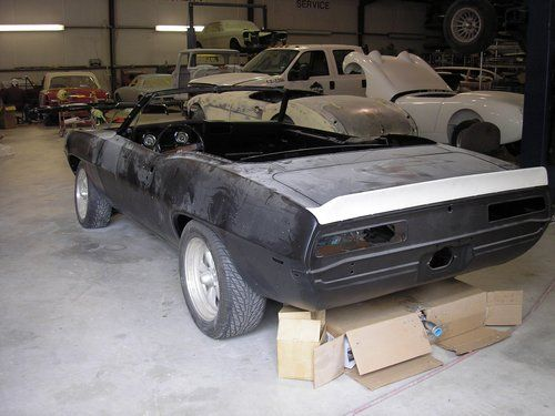 Dynacorn convertible body 1969 Camero left rear view