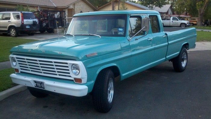 1967 Ford F350 truck front driver side