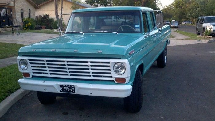 1967 Ford F350 truck front view