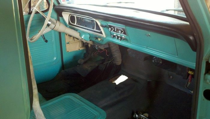 1967 Ford F350 inside front of cab