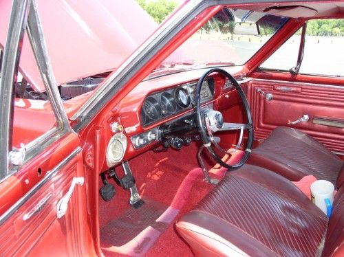 1965 pontiac gto, inside front seat, from outside door open