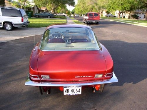 Studebaker 1963 Avanti, rear view