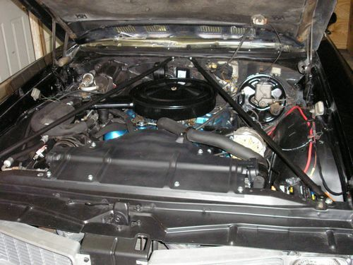 engine compartment, 1970 oldsmobile vistacruiser, after restoration